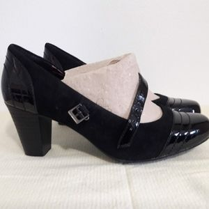 NWT Clarks Bendables Sapphire 7.5 black Mary Janes